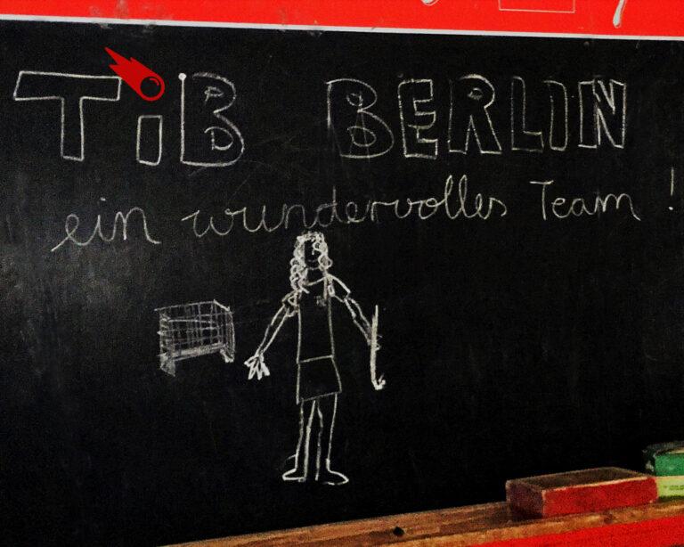 Tafel mit Schriftzug TiB Ein wundervolles Team